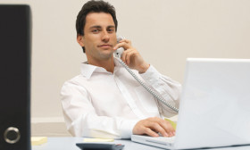 6 Ways of Getting Noticed by Your Boss at Your Workplace